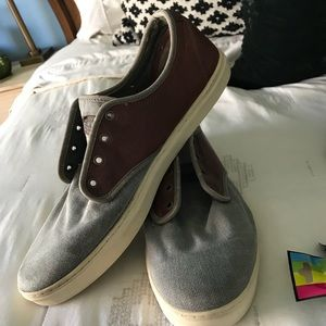 Men's leather and canvas vans size 13.